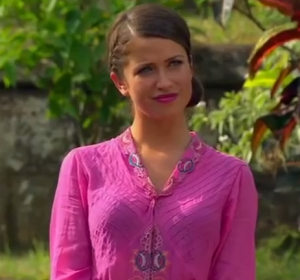 kaitlyn bristowe at the final 3 rose ceremony in bali on the bachelor